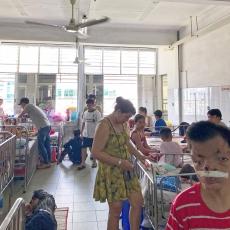 The Anh  dans sa chambre d'hôpital