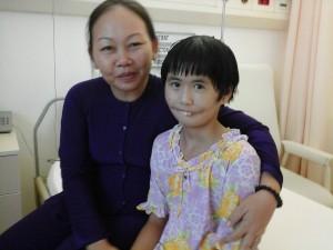 Kim Hoang avec Mme Nhung a FV hospital
